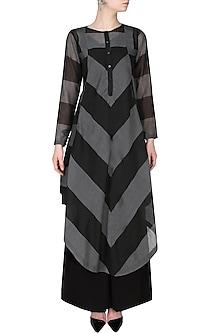 Black And Grey Chevron Pattern Asymmetric Long Kurta by Sloh Designs