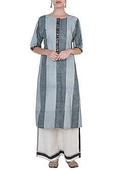Black Geometric Hand Block Printed Kurta by Silkwaves