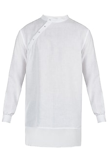 White linen kurta by Son Of A Noble SNOB
