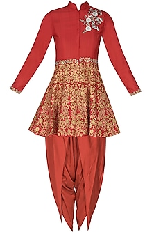 Red floral dabka, pearls and sequins embroidered short kurta and dhoti pants set by Sonali Gupta
