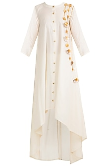 Off White Floral Embroidered Asymmetrical Tunic by Gulabo by Abu Sandeep