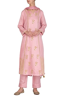Onion Pink Embroidered Kurta Set by Surabhi Arya