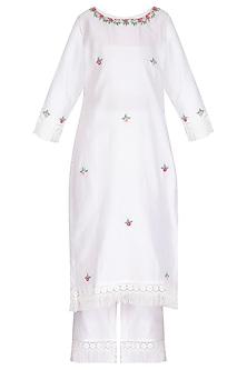 Off White & Fuchsia Pink Hand Embroidered Kurta Set by Surabhi Arya
