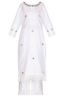 Off White & Fuchsia Pink Hand Embroidered Kurta Set by Surabhi Arya