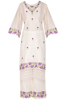 Off White Applique Kurta Set by Surabhi Arya