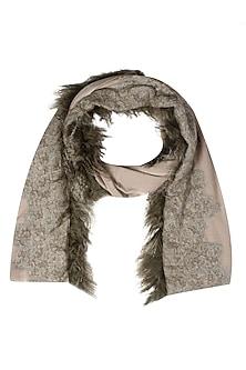 Dusty pink cutwork and fur trim lambada shawl by Soutache