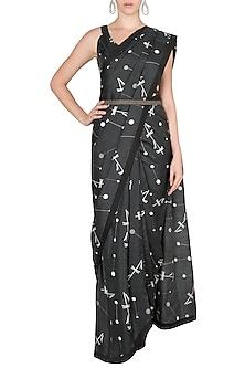 Black Printed Saree Set With Belt by Arya by SVA-EDITOR'S PICK
