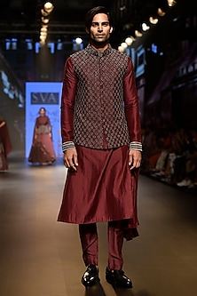Purple Embellished Ombre Draped Kurta Set by SVA BY SONAM & PARAS MODI Men