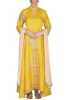 Yellow Zari Embroidered Kurta Set by Swati Jain