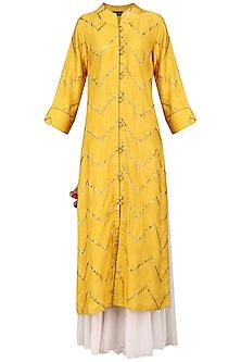 Mustard Gota Patti Embellished Kurta Set by Swati Jain