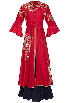 Red embroidered kurta with inner
