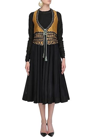 Swatti Kapoor Dresses