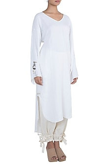 Off White Embroidered Macrame Kurta by The Grey Heron