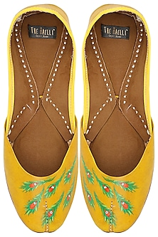 Mustard Yellow Feather Motif Juttis by The Haelli