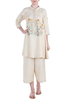Offwhite Embroidered Kurta with Pants by The Right Cut