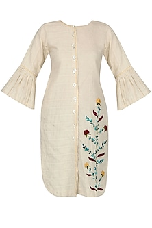 Ivory Floral Embroidered Kurta