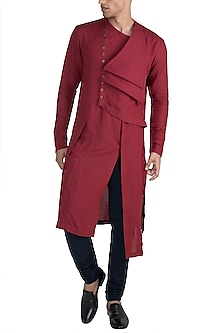Maroon Flat Neck Kurta by Unit by Rajat Suri