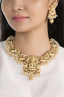 Gold Finish Carved Temple Necklace Set by VASTRAA Jewellery