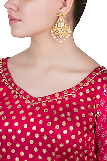 Dull gold plated emerald and kundan earrings
