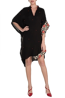 Black Embroidered Kaftan by Varsha Wadhwa