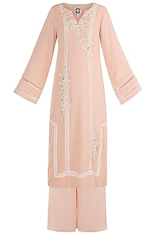 Tea Rose Hand Embroidered Kurta Set by Varsha Wadhwa