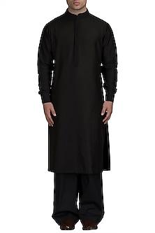 Black Silk Kurta Set by Varun Bahl Men
