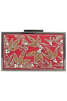 Red Gold Wire Detailed Antique Frame Clutch by Vareli Bafna Designs