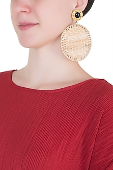 Beige round cane earrings