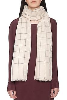 White handwoven checkered shawl