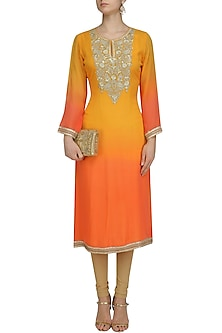 Peach and Silver Lurex Floral Embroidered Kurta by Virsa