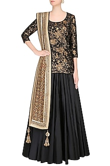 Black And Gold Floral Pattern Embossed Lehenga Set by Vikram Phadnis