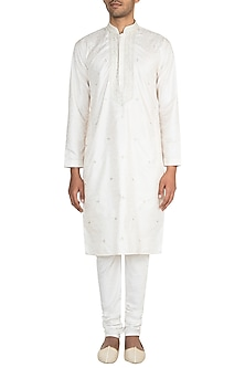Cream Jamevar Kurta Set by Vanshik