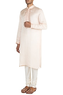 Peach Embroidered Kurta Set by Vanshik
