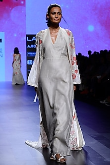 Ivory Floral Embroidered Cape with Tunic Dress