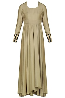 Beige Asymmetrical Kurta with Black Dupatta