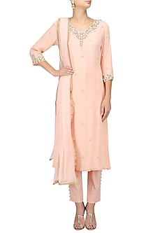 Salmon Pink Pearl Embroidered Kurta and Pants Set by Varsha Wadhwa