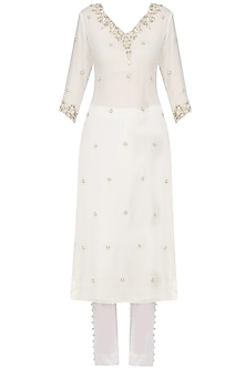 Off White Pearl Embroidered Kurta and Pants Set by Varsha Wadhwa