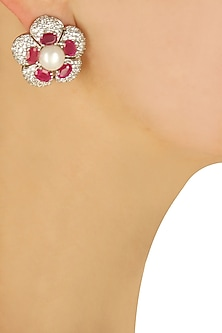 Floral swarovski earrings with ruby and pearls