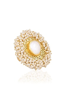 Gold plated baroque pearl ring by Zariin