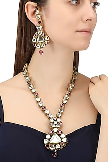 Gold Finish Kundan and Tourmaline Stone Necklace Set