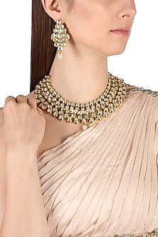 Gold Finish Kundan and Pearl Necklace Set