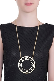 Gold plated bayo necklace